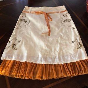 Cute boho ruffled skirt...